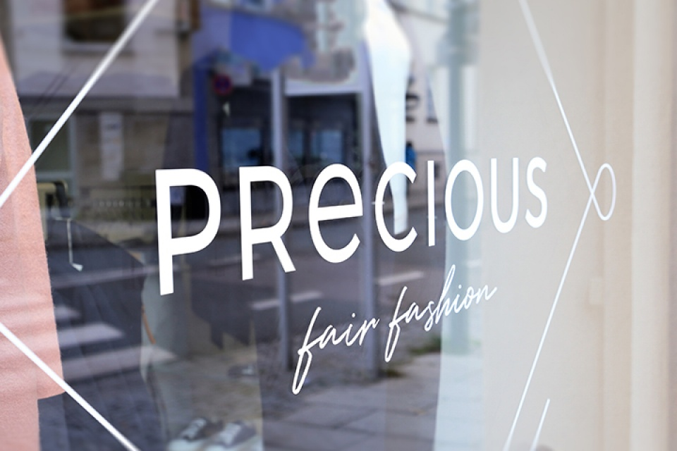 Brand strategy and corporate design for Precious - by Corporate Creation